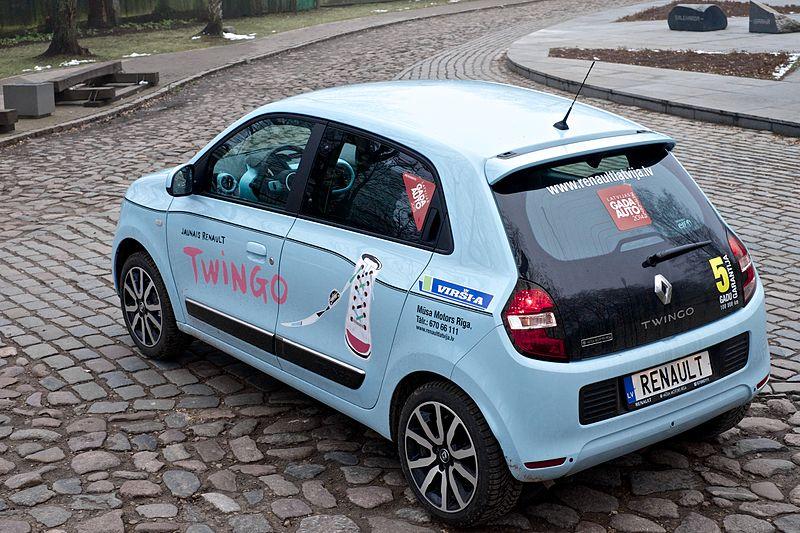 Renault_Twingo_2014_(4)