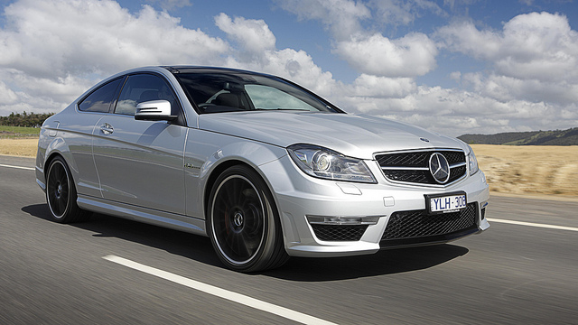c63-mercedes-couple